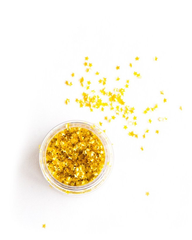edible-gold-metallic-stars-1_1024x1024