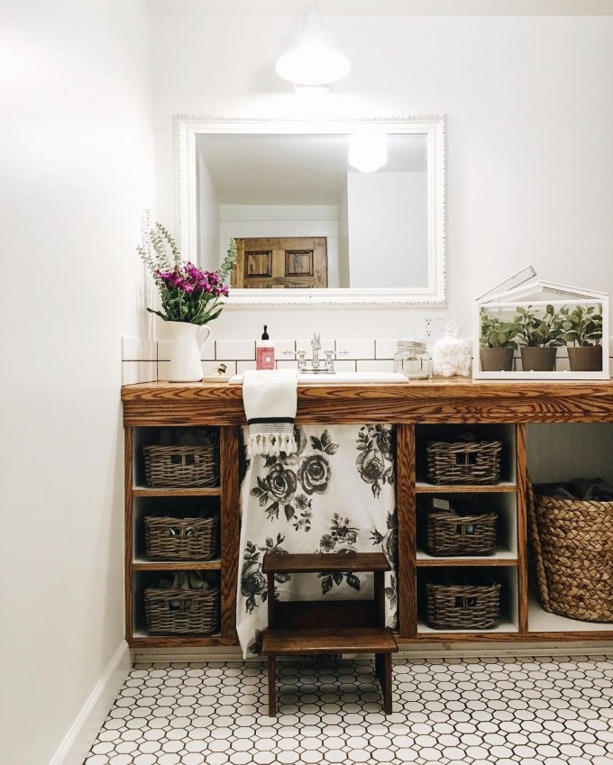 the-white-farmhouse-blog-bath